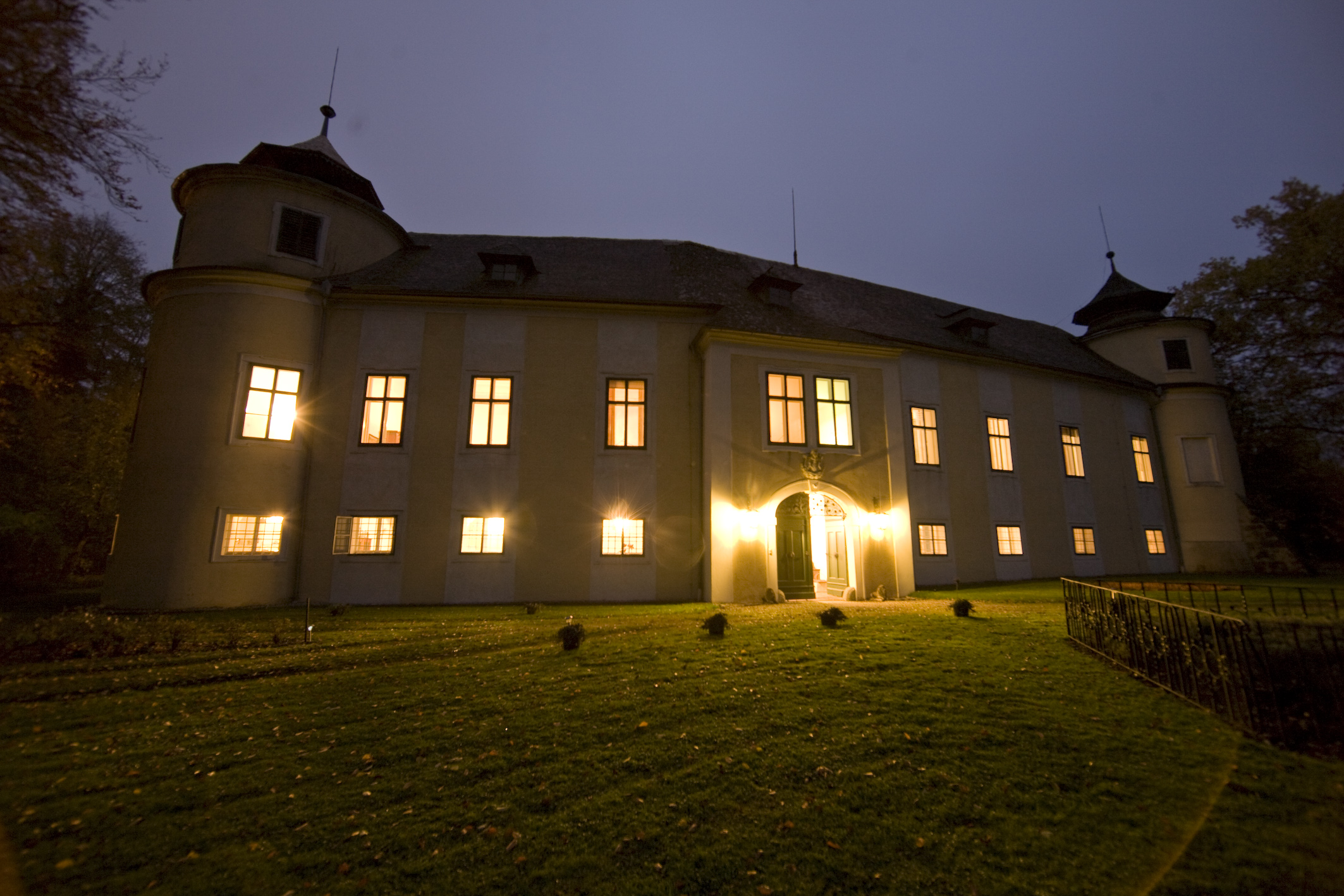 Schloss Wimsbach at Night